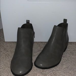 NIB ankle boots